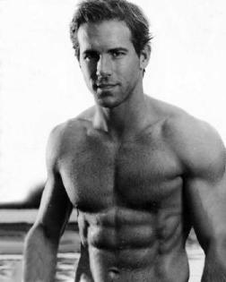 Ryan Reynolds Blade Trinity Workout on The Ryan Reynolds Workout   Diet That Got Him Ripped For Blade Trinity